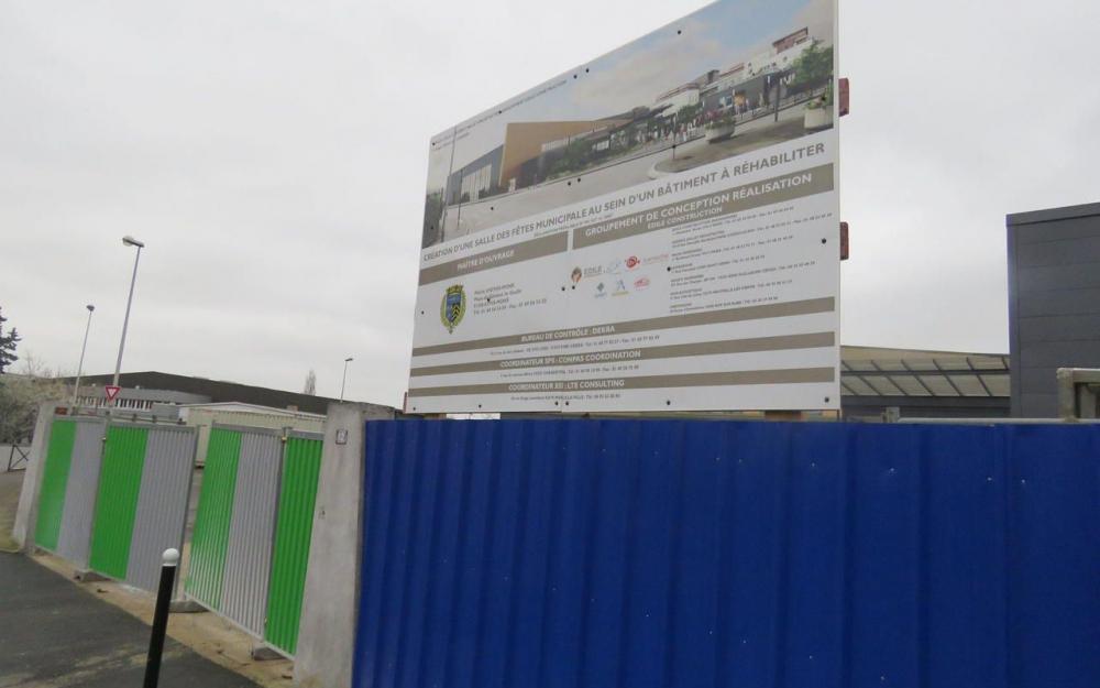Athis-Mons : la préfecture bloque l'achèvement de la salle polyvalente (Le Parisien 09/03/2017)