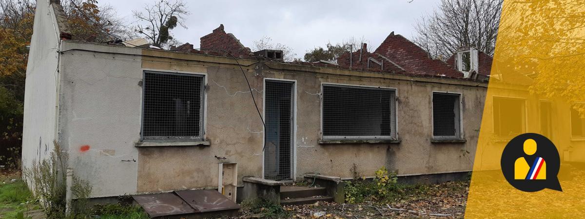 Le bâtiment qui a abrité jusqu\'au printemps 2017 lesRestos du cœurd\'Athis-Mons (Essonne), ville de plus de 30 000 habitants située au Sud de l\'aéroport d\'Orly.Le bâtiment qui a abrité jusqu'au printemps 2017 les Restos du cœur d'Athis-Mons (Essonne), ville de plus de 30 000 habitants située au Sud de l'aéroport d'Orly. (RAPHAEL GODET / FRANCEINFO)
