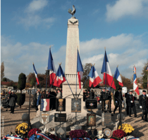 Monument aux Morts d'Athis-Mons. Photo d'Emilie Legenty